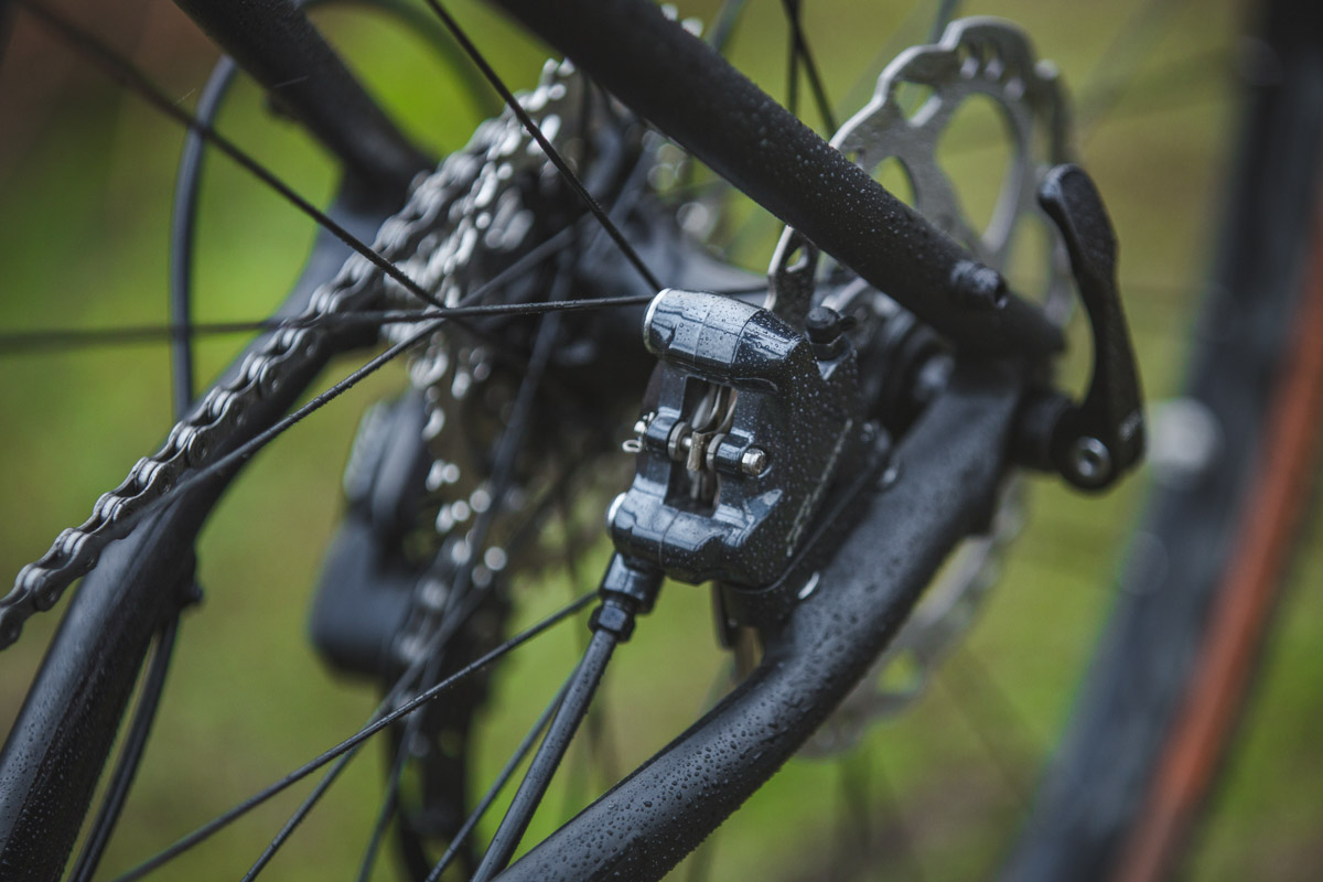 f2384039f0b Flat Mount brake mounts