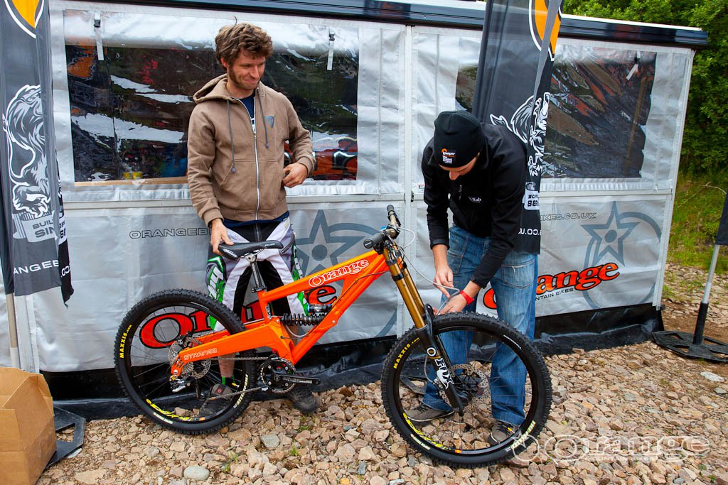 Guy Martin Endurance DH 2011